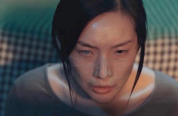 """网剧《唐人街探案》强势开播 汪洋化身""""鬼婆罗兰""""查雅神秘登场"""